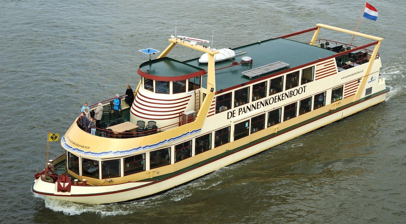 Das Pfannkuchenboot in Nimwegen